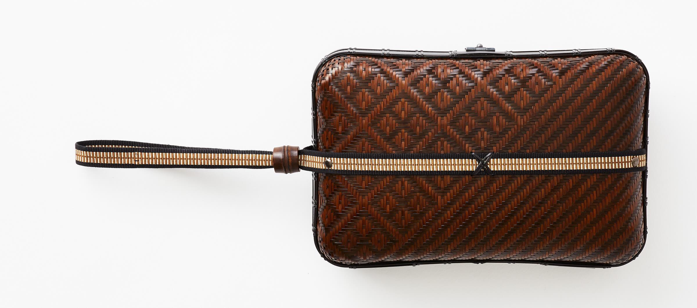 Weaving like a wickerwork pattern second bag