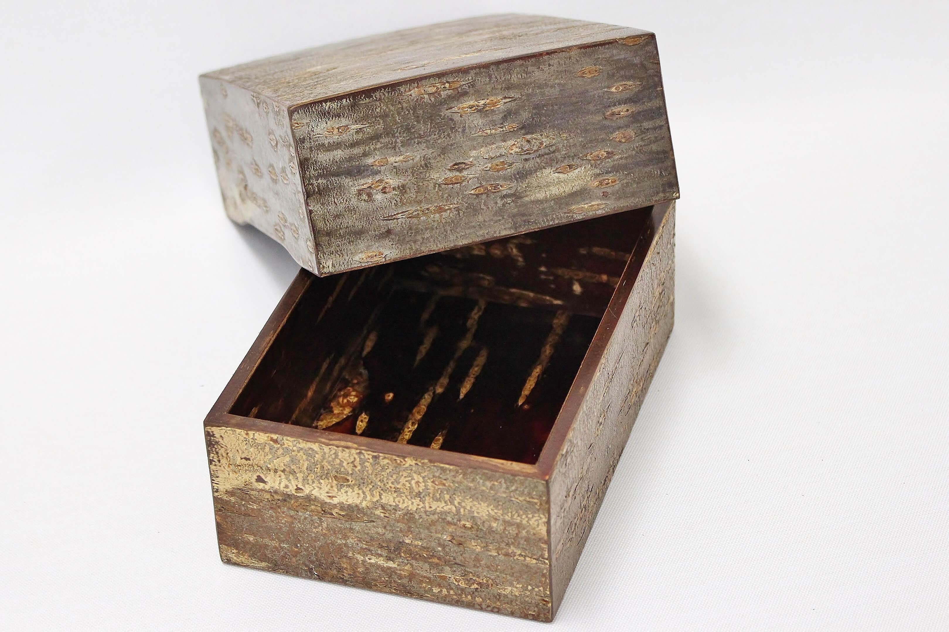 Box (the small) of birch